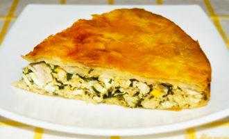 Пирог с курицей грибами и сыром