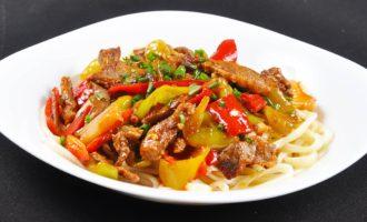 Лагман - узбекский густой суп