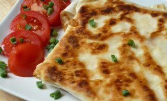 Сырный омлет в лаваше