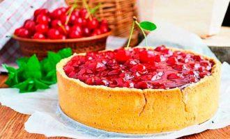 пирог с творогом и вишней