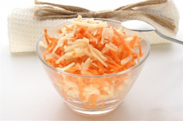 диетический салат с морковью